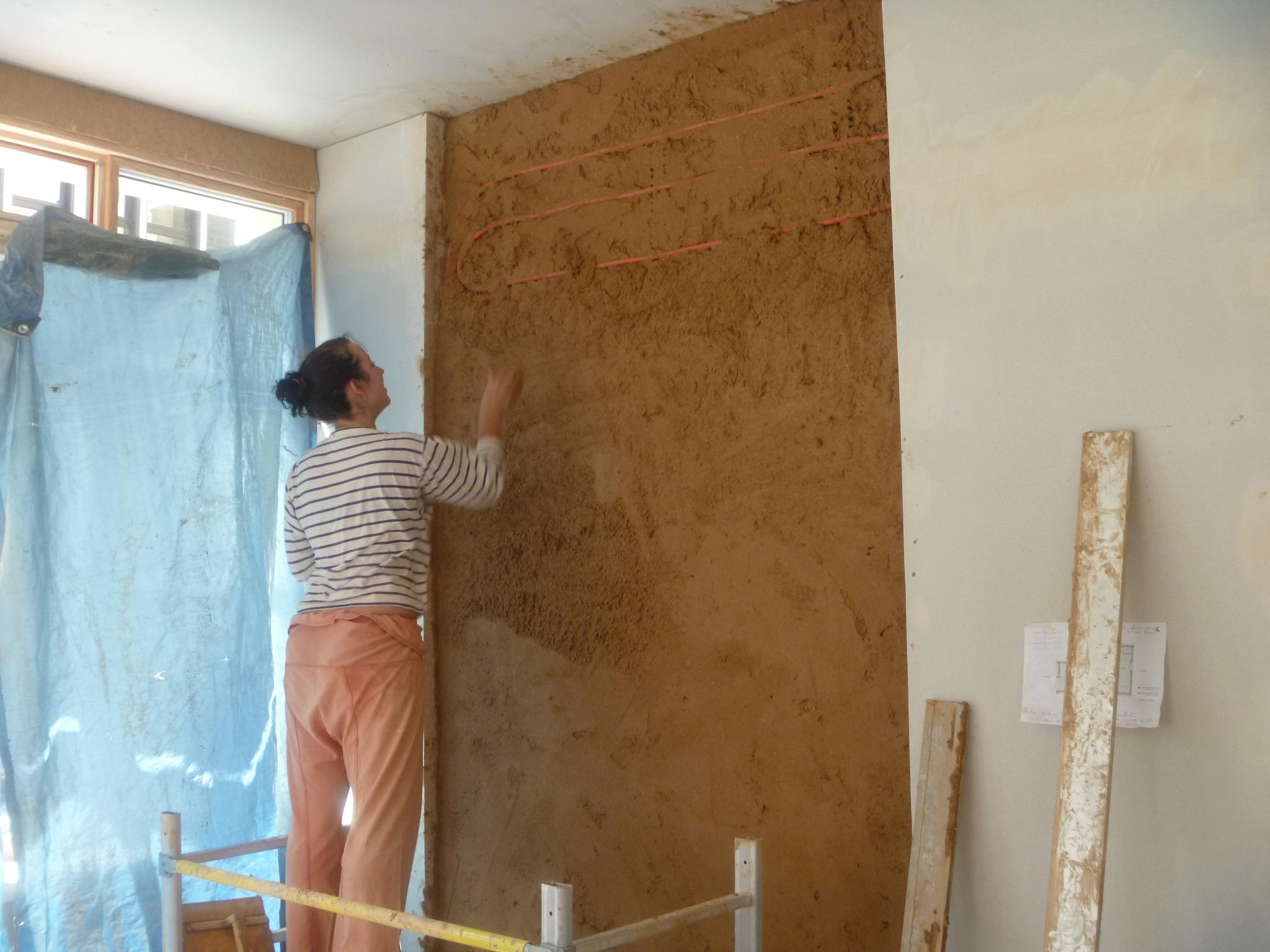 Bureaux en terre crue au Puy