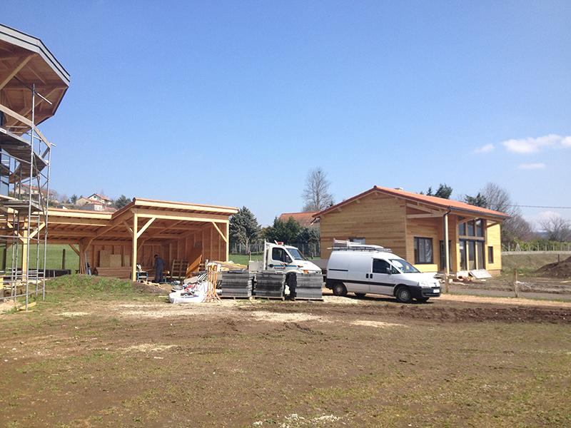 Maison en bois à Coubon