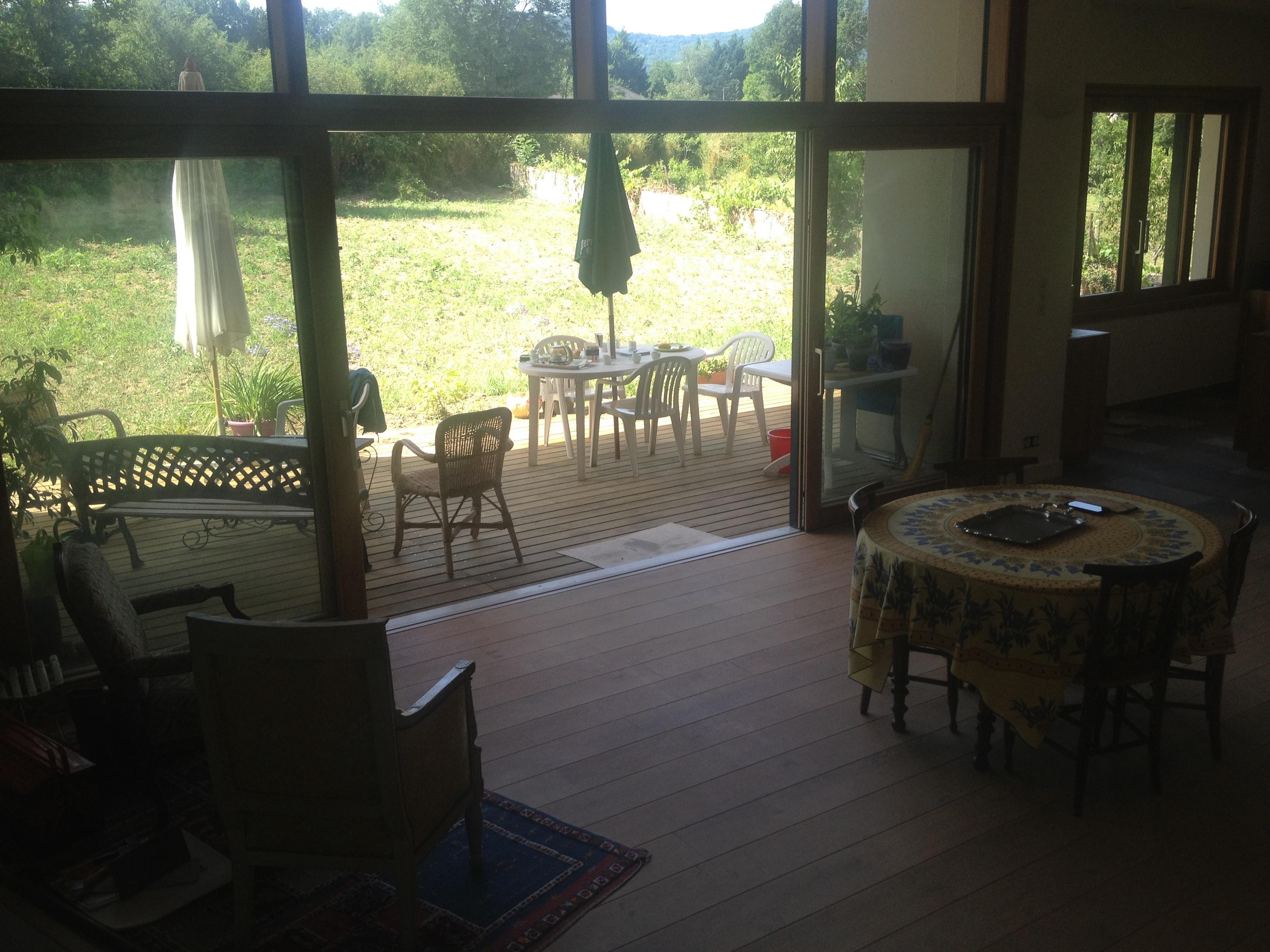 Maison en monomurs de béton cellulaire et toiture végétale à Retournac
