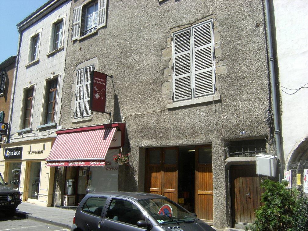 Rénovation d'un restaurant en pierre à Brioude