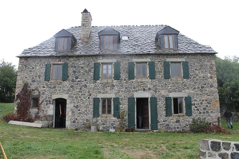 Rénovation d'une maison en pierre et lauze à Sainte Eulalie