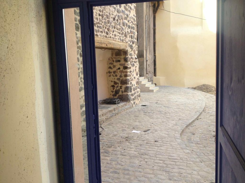 """Chantier """"l'immeuble des 3 horloges"""" au Puy-en-Velay"""