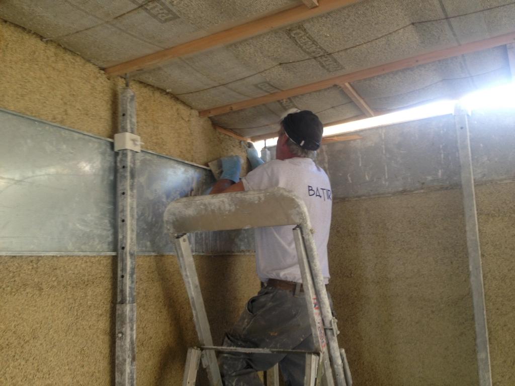 Construction de l'extension du cabinet dentaire à Coubon