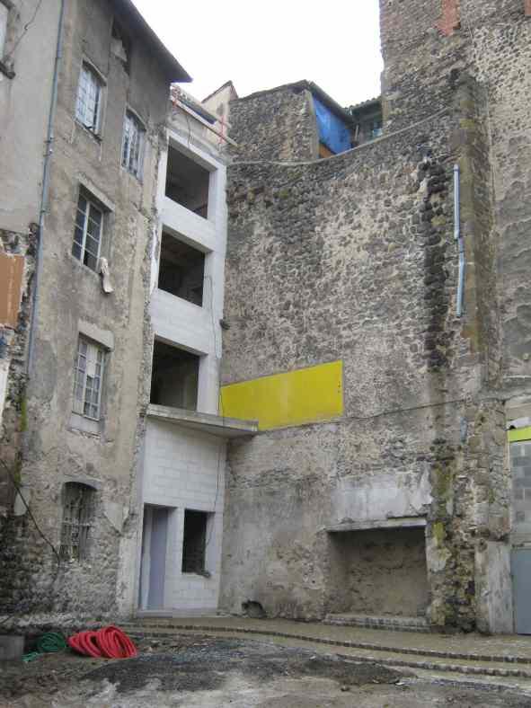 Rénovation remparts au Puy-en-Velay