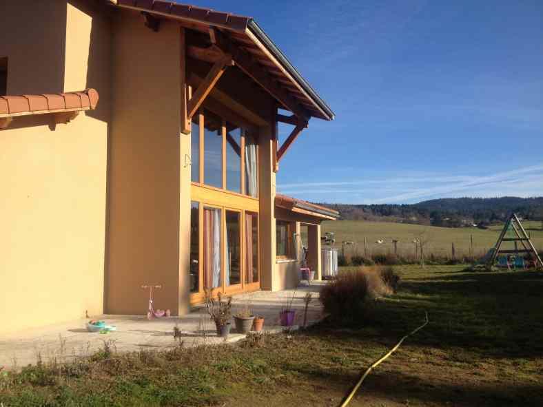 Maison en brique monomur à Chassagnes