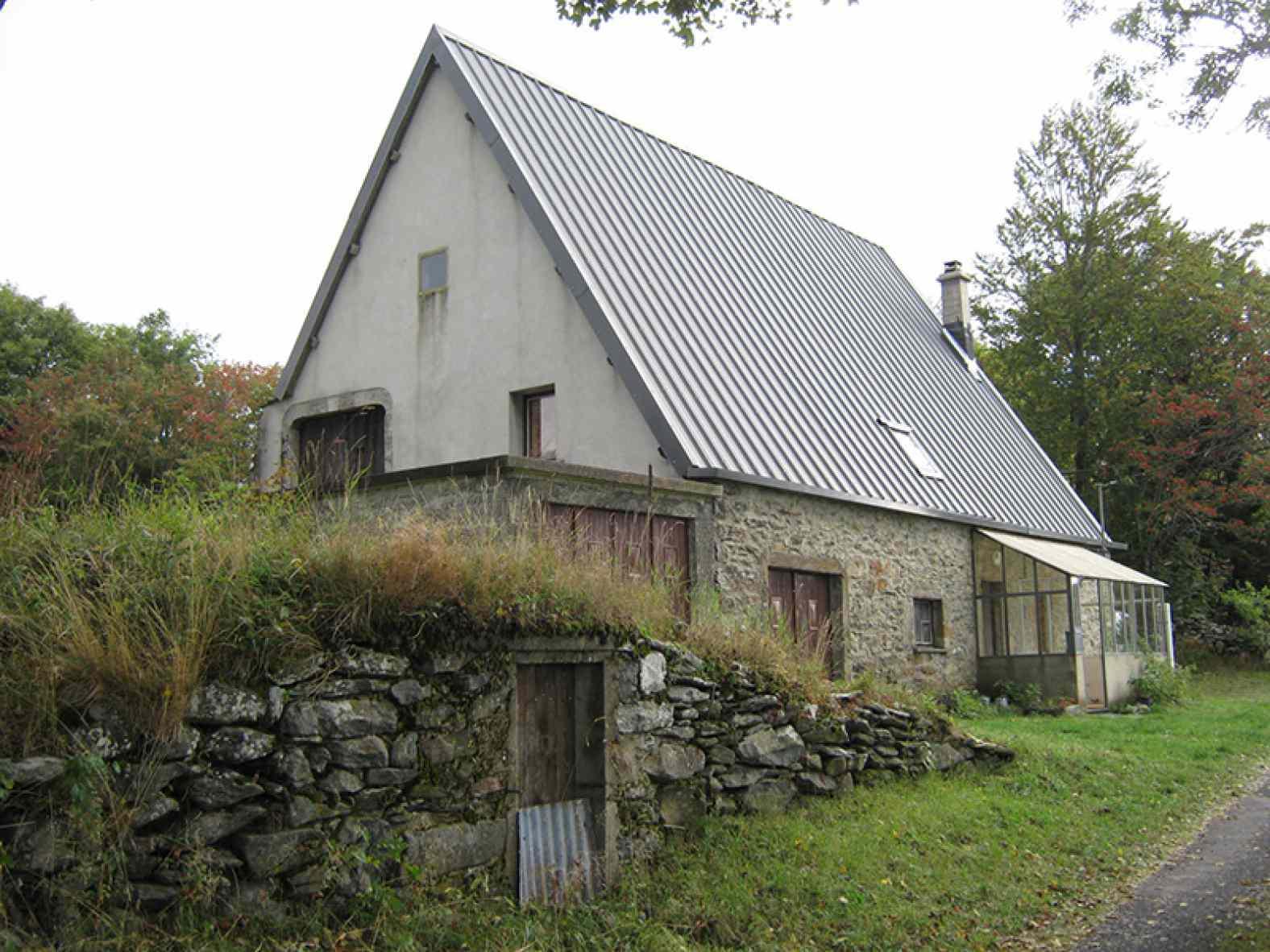 Rénovation d'une maison en pierre à Sainte Eulalie - Premier chantier HES-mix