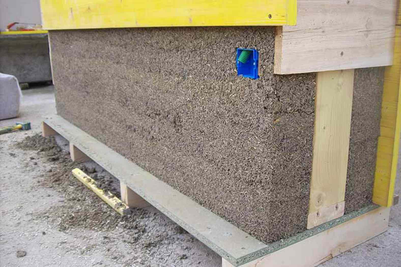 Essais pour les murs en mortier de chanvre à Langeac