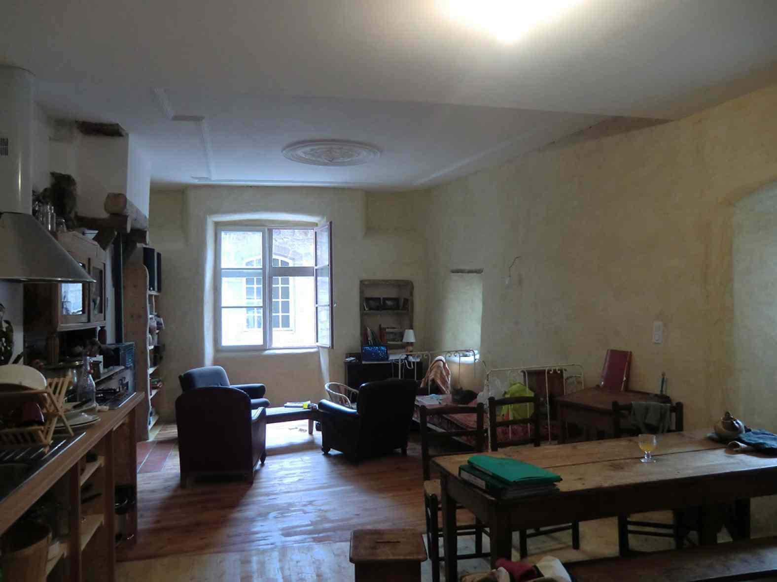 Rénovation d'une maison de ville en pierre au Puy-en-Velay