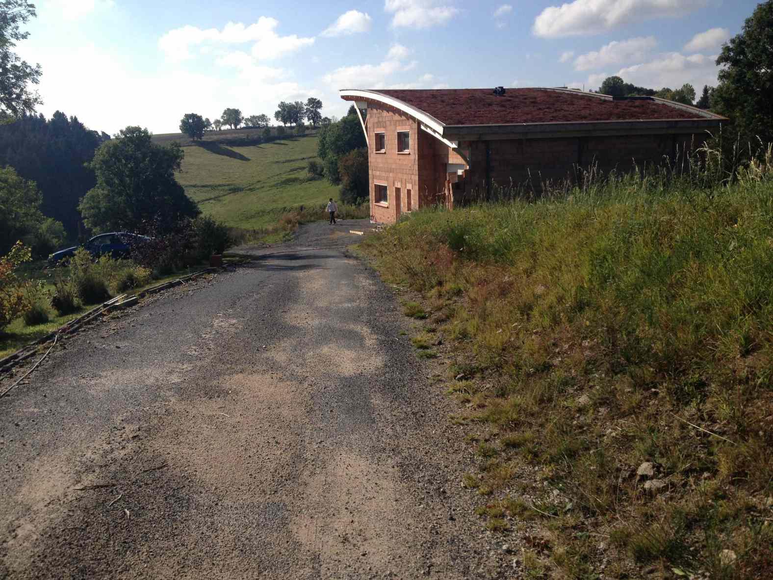 Maison en brique monomur à Allègre en Haute-Loire
