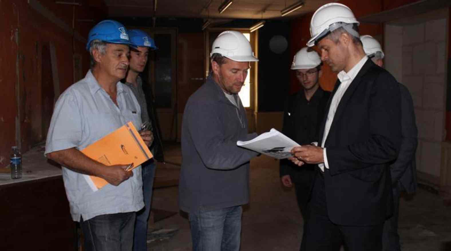 Alexis Monjauze présente le projet et le chantier à Laurent Wauquiez